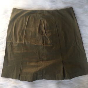 Cute army green skirt size 8